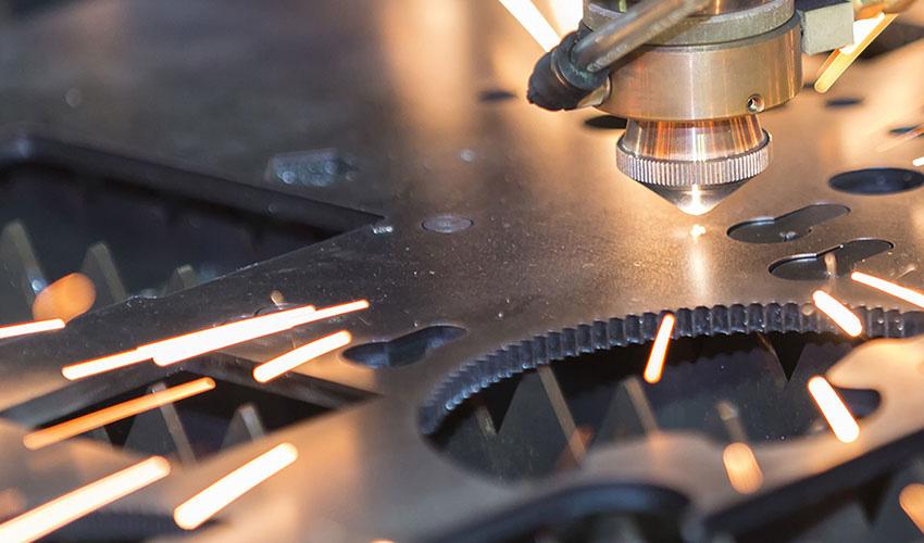 Предлагаем услуги по металлообработке по доступным ценам. К любому заказу мы подходим с максимальной степенью ответственности и профессионализма